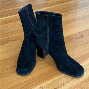Nine West Black Suede Boot Size 7